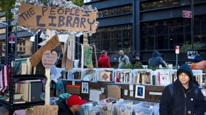 Occupy-Wall-Street-Library-Flickr-user-Atomische-•-Tom-Giebel